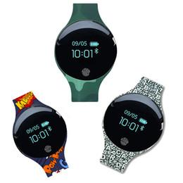 новые часы браслета запястья руки bluetooth франтовские Скидка Новое прибытие Мужчины Женщины Водонепроницаемый Смарт наручные часы браслет Bluetooth шагомеры спорта на открытом воздухе Фитнес Запуск Tracker Инструменты