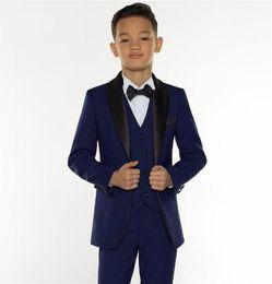 2019 boy chaquetas de moda Excelente moda azul marino, niños, traje formal, traje de los niños, traje de negocios, chaqueta de boda, fiesta de cumpleaños para niño (chaqueta + pantalón + chaleco) J899 rebajas boy chaquetas de moda