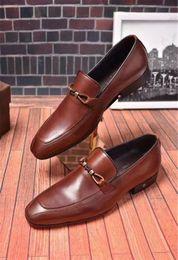 Zapatos de cuero italiano hechos a mano online-Envío gratis diseñador de moda hecho a mano zapatos de cuero genuino de los hombres de cuero de vaca Novio mejores hombres zapatos Oxfords zapatos de negocios estilo masculino italiano