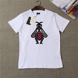 424866260 19ss marca italiana defender design clássico peito abelha bordado logotipo  t-shirt dos homens e mulheres moda rua blusão camisola ao ar livre t-shirt