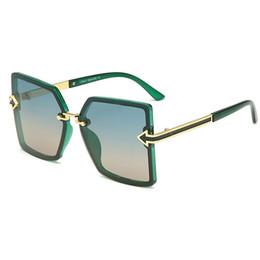 Flecha gafas de sol hombres online-Gafas de sol de marca para hombres y mujeres Gafas de sol polarizadas para hombres y mujeres Gafas de sol con personalidad de moda Gafas de diseño con flecha Nuevo