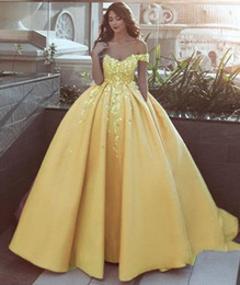 Fashion Yellow 3d Floral Flowers Quinceanera Prom Dresses 2019 Ball Gown Off The Shoulder Lace With Sleeves Sweet 16 Dress Vestidos 15 Anos