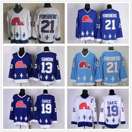 Jersey barato de los nordiques online-Cordón NHL Quebec Nordiques # 19 Joe Sakic 21 Forsberg 26 Stastny 13 Sundin 22 Marois Blanco Azul barato Hockey CCM Vintage Jerseys