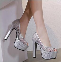9a5ba274965cef 14CM Silber schwarze Spitze Hochzeit Schuhe sexy rote Unterseite dicke High  Heels Peep Toe Plattformpumpen Größe 34 bis 39