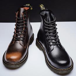 Laço de couro barato on-line-Hot Ins baratos de moda Martin botas de couro Outono Inverno Homens Deisigner Shoes Top Quility manter aquecido 101102 Size38-44