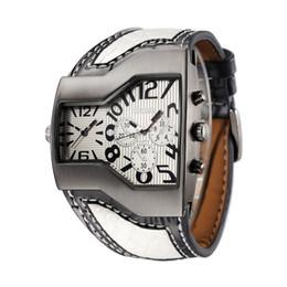 Relógio pulseira tendência on-line-Fabricante Atacado Personalidade dos homens Relógio Multi-Time Zone Trend Clock Criativo Pulseira Acessórios Presente