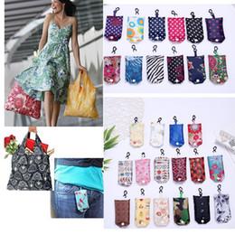2019 riciclare la confezione regalo Sacchetto di acquisto riutilizzabile verde di nylon del sacchetto di immagazzinaggio del sacchetto della borsa di piegatura di nylon multicolore più recente tote C048