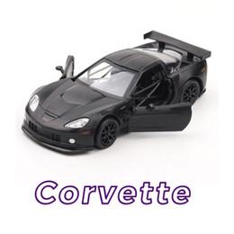 Carro de brinquedo de porta aberta on-line-1:36 escala Liga puxar para trás o modelo do carro, alta simulação Corvette Americano Esportes carro de corrida, duas portas abertas, brinquedo luz do som