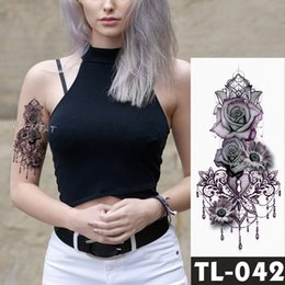 2019 falsificação tatuagens rosa Falso Tatuagens Temporárias Adesivos Escuro Rosa Flores Braço Ombro Tatuagem Mulheres À Prova D 'Água Flash Tattoo On Body Art SH190724 falsificação tatuagens rosa barato