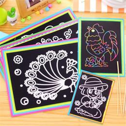 bambini di carta graffi Sconti 10 pc / lotto 17.5x12.5cm Scratch magica Carta di arte Pittura carta con il disegno del bastone per il giocattolo colorato bambini Disegno Toys