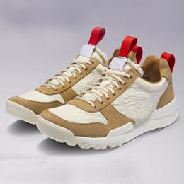 Jardas de tecido vintage on-line-NASA Marte Quintal 2.0 TS Sapatos Tênis Para Mulheres Dos Homens Sapato Vermelho Esporte Natural Zapatillas Tênis De Grife Do Vintage