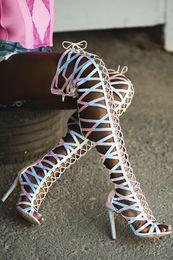 2019 botas abertas para os joelhos Abesire Mulher Sexy Cut-outs Multi Cor Open Toe Gladiador Sandálias Botas Meninas Salto Alto Over-the-knee Botas Senhora Zip Sapatos botas abertas para os joelhos barato