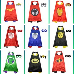 2019 maskenentwürfe für kinder 70 * 70 cm Double Side Superhero Umhänge und Masken für Kinder Mädchen Jungen 28 Designs Kinder Cartoon Umhänge Cosplay Party Halloween Kostüme C71601 günstig maskenentwürfe für kinder