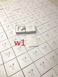 Суперкопия Реплика AirPods Беспроводная зарядка Беспроводная связь Bluetooth наушники наушники наушники Гарнитура с всплывающим окном siri имитация размера 1: 1 от