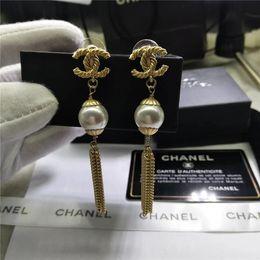 Klasik yüksek Marka Tasarımcısı Çift Mektuplar Küpe Kulak Çıtçıt Altın Gümüş Ton Küpe Kadın Erkek Düğün Takı Için Hediye nereden