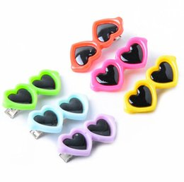 2019 hairpin cabelo 2019 bonito Óculos Pet Hairpin decorativa Pet Dog Heart-Shaped Glasses hairpin decorativo Hairpin cor aleatória Pet desconto hairpin cabelo
