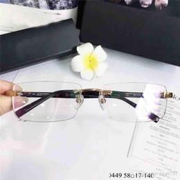 occhiali ottici uomini titanio Sconti Nuovi occhiali da uomo ottici in titanio 0449 metallo piccolo quadrato senza cornice stile di design popolare di alta qualità con scatola
