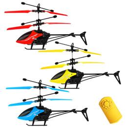 helicóptero de controle remoto real Desconto Criativo Mini Indução Aircraft Fun Sensor Infravermelho Voando Brinquedo Kid Indoor / Outdoor Indução Fly Helicóptero Educacional Brinquedo Das Crianças