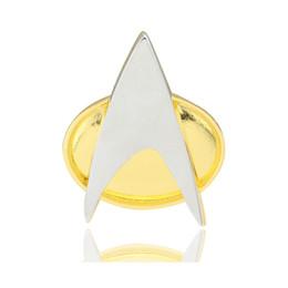 star trek pins Rabatt Cosplay Star Trek Abzeichen Star Trek Die nächste Generation des Insignia Communicator Abzeichen Pin Brosche Legierung Zink Metall Halloween Prop