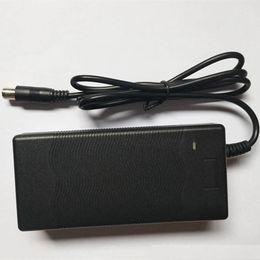 caricabatterie hoverboard Sconti Xiaomi Mijia M365 batteria al litio motorino caricatore 42V uscita spina CC 2A intelligente batteria elettrica della bici
