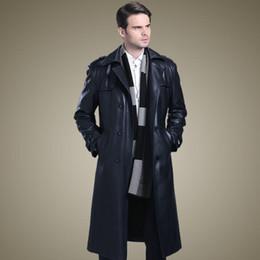 Gabardinas de cuero negro online-Doble de pecho capas de cuero de los hombres trajes de cuello largo abrigo de cuero para hombre gabardinas espesar la moda otoño invierno negro M- 4XL
