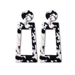 Nouveau produit coréen en Ligne-Creative nouveau produit liste des boucles d'oreilles en acrylique de haute qualité en gros personnalisé coréen boucles d'oreilles femmes mignon déclaration boucles d'oreilles