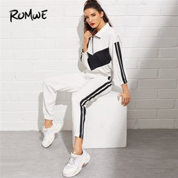 Fato de veludo cotelê on-line-Romwe Sport Drop Shoulder Running Suit Corduroy Jacket and Tape Pants Women Jogging Sets Autumn Manga comprida Treino Branco