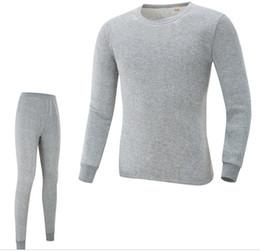 2019 vestiti di novità oro Mens Pajama Sets Autunno Primavera O-Collo T-shirt Pantaloni 2 pezzi Sleepwear Abiti Intimo Skinny Winter Warm Underwears