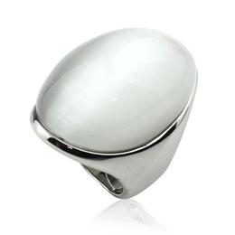 Anillos en forma de gato online-anillo de color blanco de lujo pelota ovalada forma de ojo de gato de piedra para las mujeres lisa de acero inoxidable pulido anillos bola anillo de ópalo