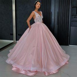 Elegante elegante vestidos de noite on-line-Chic Lace E Elastic Stain Lace Appliques vestido de baile Puffy Prom Dresses 2019 Elegant V-Neck Evening Sleeveless Vestidos Formais