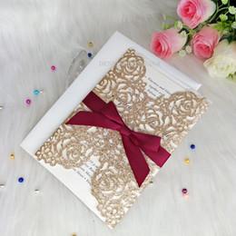 Luxo Rose GoldConvites de Casamento Convites Convites de Graduação Convites com Borgonha Corte A Laser Quinceanera Doce 16 de Fornecedores de brilho de borgonha