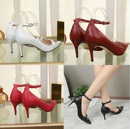 Zapatos Mujer luxury donna punta a punta tacchi alti cinturino alla caviglia sexy sandali pompe scarpe da donna da donna vestito rosso 6,5 cm designer donne 35-41 da