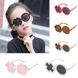 9a149c027 2019 óculos de menino XO Irregular Steampunk Crianças Óculos De Sol Popular  Meninos Gótico Shades Redondos