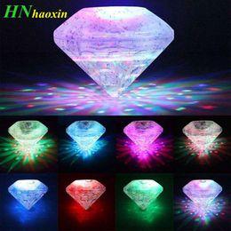 Spas jacuzzis online-HaoXin flotante bajo el agua LED Disco Light Glow Show Piscina Estanque Bañera de hidromasaje Spa Lámpara Impermeable Al aire libre Decoraciones para fiestas Luz