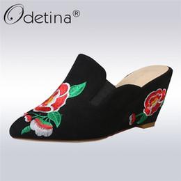 Fleur talons chaussures vintage en Ligne-Odetina New Fashion Flower Chaussures à broder Vintage High Wedge Pumps Talons Pointu Slingbacks Slip On Mules Plus Taille 33-43