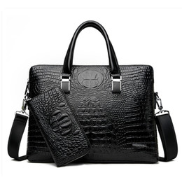 Офисные сумочки для мужчин онлайн- Designer Crocodile Pattern Briefcases Men Soft Leather Shoulder Bag Business office Computer laptop bag Vintage Handbags