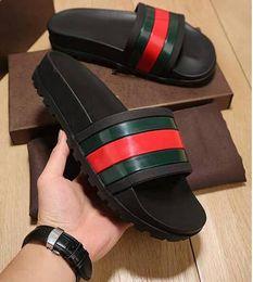 Argentina NUEVA Europa Marca de moda para hombre sandalias de diseño causales antideslizantes verano huaraches zapatillas chanclas zapatillas Suministro