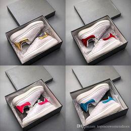 En İyi Tasarımcı Rahat Ayakkabılar Kadın Erkek Erkek Günlük Yaşam Tarzı Kaykay Ayakkabı Lüks Trendy Platformu Yürüyüş Eğitmenler Kişilik Eğitmen nereden