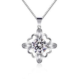 einfache goldblumenanhänger Rabatt Einfache Zirkon Halskette der Frauen-925 Splitter-Kupfer überzogener Diamant-Schmuck Kristall-Diamant-Blumen-Herz-Halskette Schmuck