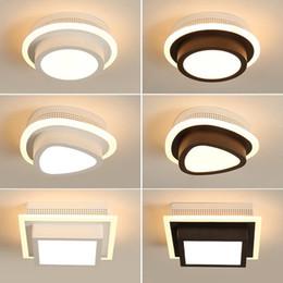 2020 luz de techo de entrada led LED luces de techo de acrílico moderna Para Pasillo de la entrada de Inicio de la lámpara Plafonnier Luminaria lamparas de techo Blanco Negro Pintado luz de techo de entrada led baratos