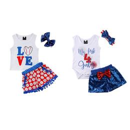 fascia di giorno dell'indipendenza Sconti Baby Indipendenti Day Set Set Newborn 4 luglio Cotton Tops Top Paillettes Bow Shorts Fascia Set di completi