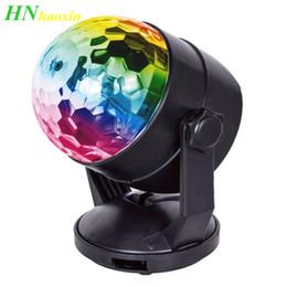 2019 rueda de gobo Luces de fiesta de disco activadas por sonido portátil HaoXin Alimentadas por batería / USB Enchufe RGB Lámpara estroboscópica Luz de escenario para sala de automóvil Fiesta de baile