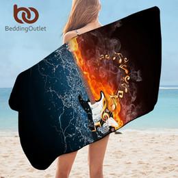 2019 fogo de guitarra atacado toalha Bass Guitar Bath para o banheiro Musical 3D Imprimir microfibra viagem toalha de praia Fire Water Blanket serviette desconto fogo de guitarra
