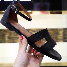 2019 avvolge il tallone Ultimi sandali estivi Donna moda Sandalo di lusso con cinturino alla caviglia Tacco basso Designer Sandal Taglia 35-41 Modello LB0411 avvolge il tallone economici