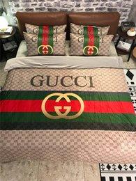 2019 disegni completi Classic Design Stripe Biancheria da letto vestito di stampa completa Nuova copertina Duvet Lettera Imposta modo di marca Bedding Supplies addensare disegni completi economici