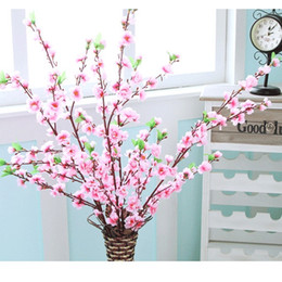 Flor de ciruelo artificial online-Artificial Cherry Spring Plum Peach Blossom Branch Silk Flower Tree para la decoración del banquete de boda color blanco rojo amarillo EEA447