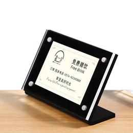 kunststoff-einsatzständer Rabatt 90 * 60mm L Form Slant Stand Up Supermarkt Preis Acryl Schildhalter für Einsätze Kunststoff Kleintisch Preis Schildhalter Stehen