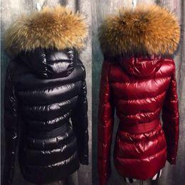 Вниз капот парка онлайн-France Luxury designer jacket Real Raccoon Fur Collar Hood Down Jacket Winter Coat Women Outerwear Slim Parkas Collar Down Jacket Warm Coats