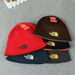 paare hüte Rabatt Paarhut heiße Verkaufs-Masken-Kappen-Art- und Weisewinterfrühlings-Sport-Beanies beiläufige Skullies Marke gestrickte Hip Hop-Hüte beide Seiten vorhanden