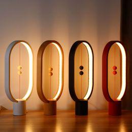 новые лампы Скидка Новейшие Хенг LED Баланс Лампы Ночник USB Приведенный в действие Home Decor Спальня Офис Ночник Лампа Новый Свет Рождественский Подарок Свет